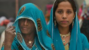 WOMEN AT NANKANA SAHIB