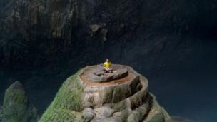 Dominic Chiu在崖上