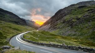 "Rhys Beddoe captured the ""awesome"" sunset down the Llanberis pass"