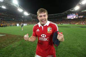 Leigh Halfpenny celebrates after the 3rd Test in Sydney