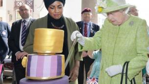 The Queen cuts the birthday cake by Bake Off winner Nadiya Hussain