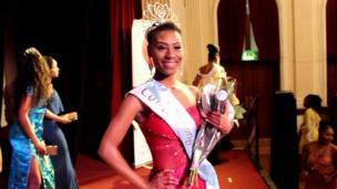 Horcelie Sinda, Miss Congo UK 2017 et séropositive. Déterminée, la jeune Congolaise (RDC) de 22 ans a déjoué les préjugés.