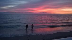 Atardecer en la costa de Puerto Vallarta, México