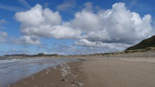 Big sky over Conwy Morfa spit at Conwy county, courtesy of Fiona Richards from Deganwy.
