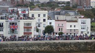 Crowds on Portsmouth shoreline