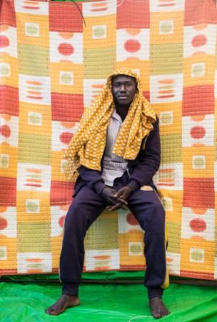 أبو بكر هالين، من السودان وقضى شهرا في ليبيا، وكان يريد الهجرة إلى فرنسا.