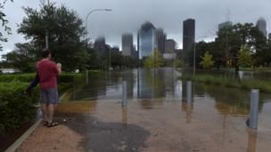 Руйнування у Г'юстоні після сильних дощів