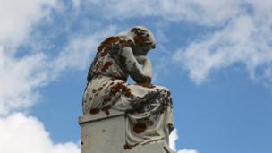 Estatua. Foto: José Luis Estalayo