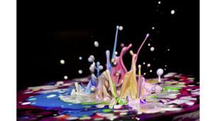 Müzikte dans eden boyalar