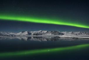Titulo da foto: Northern Lights over Jokulsarlon, Iceland