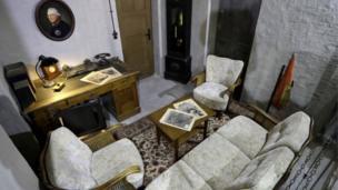 غرفة المكتب في مخبأ هتلر
