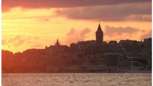 Alp İçer'den İstanbul siueti.