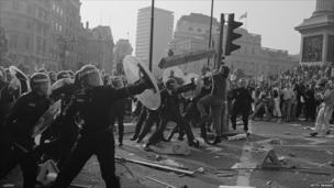 Protestiadau treth y pen yng nghanol Llundain