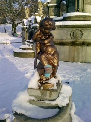 Statue in Kelvingrove Park