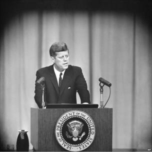 JFK Küba krizi