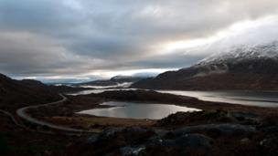 View along Loch Cluanie
