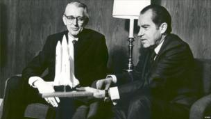 US President Richard Nixon and Nasa Administrator Dr James Fletcher, 1972