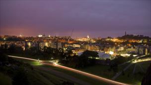 Edinburgh skyline at night