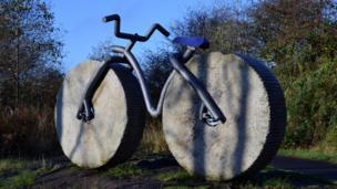 Bicycle sculpture