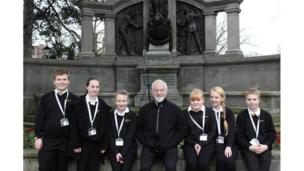 School Reporters from Hounsdown School in Hampshire were lucky enough to bump into actor Bernard Hill whilst out reporting on the new SeaCity Museum. The museum is due to open in April, to mark 100 years since the sinking of the Titanic. Hill, of course, played a captain in the film of the same name. Coincidence?