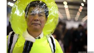 Protective clothing for highly polluted areas.