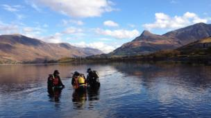 Divers in Ballachulish