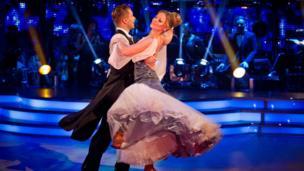 Kimberley Walsh dances the Vienese Waltz