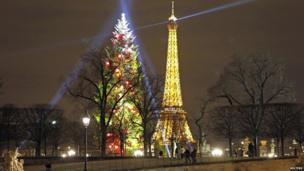 Christmas tree in Paris.