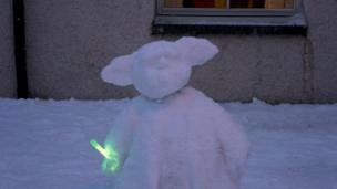 Yoda snowman