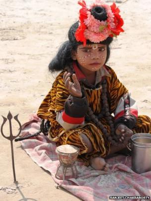 A child on the sand. Ranjeet Chakraborty