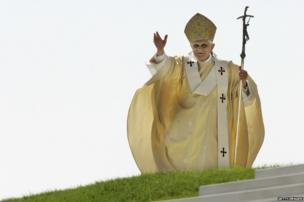 Pope Benedict XVI celebrates the holy mass on the Islinger Feld, in Regensburg, Germany, 2006