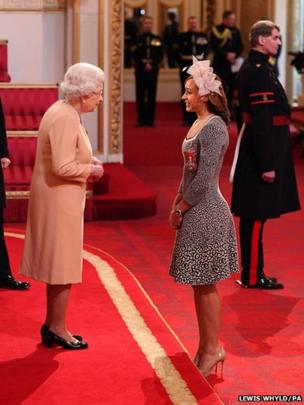 Jessica Ennis receives her Commander of the British Empire (CBE) medal from Queen Elizabeth II during an Investiture ceremony at Buckingham Palace