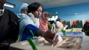 Voting at Mutomo primary school near Gatundu, north of Nairobi. 4 March 2013