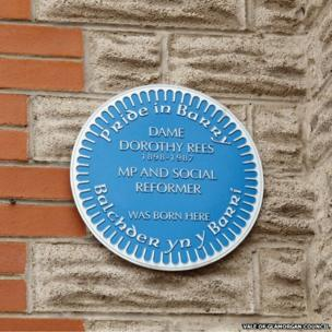 Plaque to Dame Dorothy Rees in Barry