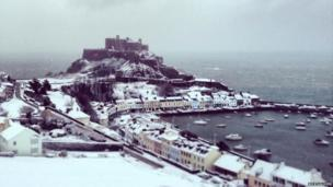 Gorey Castle in the snow
