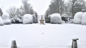 It may look like a traditional Christmas scene, but this sight greeted visitors to Soughton Hall near Mold in Flintshire a week before Easter.
