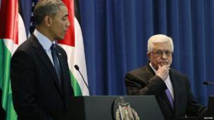 US President Barack Obama (left) takes questions alongside Palestinian Authority President Mahmoud Abbas in Ramallah, 21 March