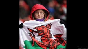 Girl supporter of Wrexham at the FA Trophy final