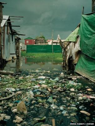 Polluted water in an Andong slum
