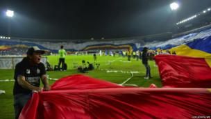 Fans of Colombia's Millonarios reveal a giant flag