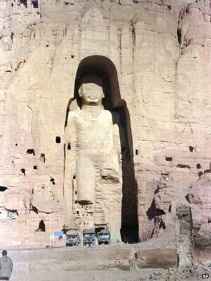 The 53m (175ft) tall, 2000-year-old Buddha statue located in Bamiyan, about 150 km (90 miles) west of the Afghan capital Kabul, is shown in 28 November 1997, file photo. It has since been destroyed.