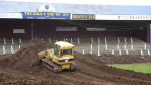 Queens pitch work