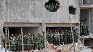 Bangladeshi soldiers attend Dhaka prayer service (14 May 2013)