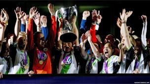 Wolfsburg lift the Women's Champions League trophy