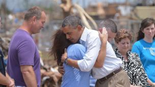US President Barack Obama comforts victims of Oklahoma tornado which struck a week ago killing 24 people.