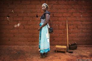 Alice Ntampera in Burundi