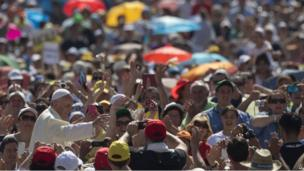 Pope Francis in St Peter's Square (19 June 2013)