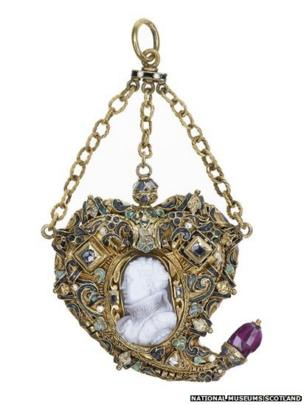 Heart Shaped Cameo Pendant Gold, enamels, chalcedony, diamonds and native cut ruby