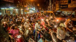 A view of rush hour traffic near Phu Nhuan district in HCMC, Vietnam.