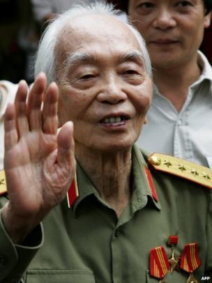 Vo Nguyen Giap at his residence in Hanoi. 2006